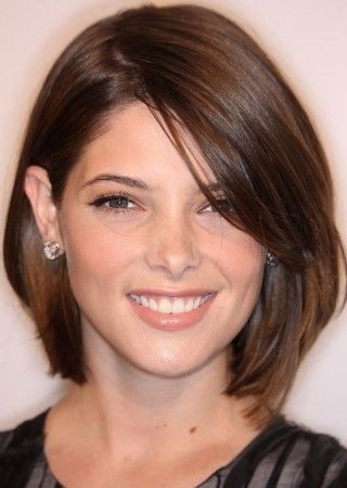 simple sleek long bob