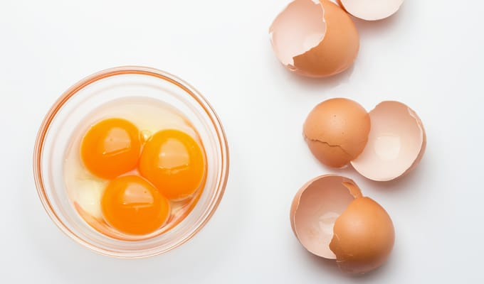 raw eggs_Foods Never To Eat While Pregnant