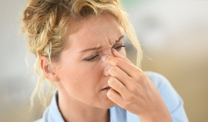 woman with sinusitis